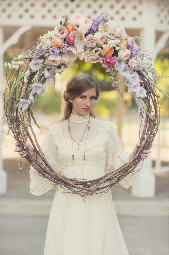 15 ideas de marcos gigantes para la boda fiestas recuerdos y regalos boda photocall bodas - Marcos de plata para bodas ...