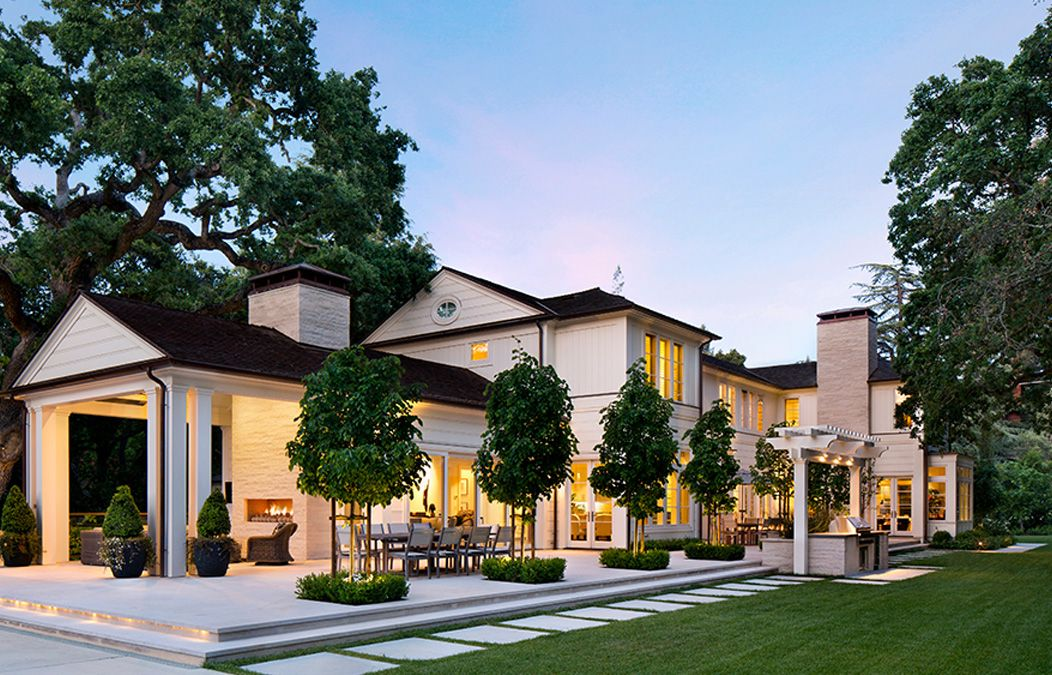 A Serene Californian Luxury Home With Transitional Architecture Idesignarch Interior Design Ar Transitional House Bungalow House Design Farmhouse Exterior