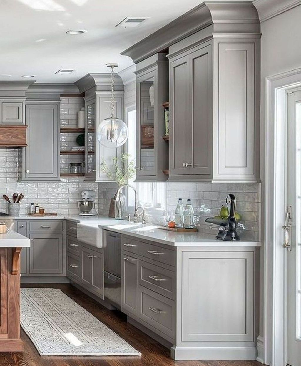 35 Cool Kitchen Design Ideas With Temporary Looks In 2020 Affordable Farmhouse Kitchen Farmhouse Kitchen Design Kitchen Cabinet Design