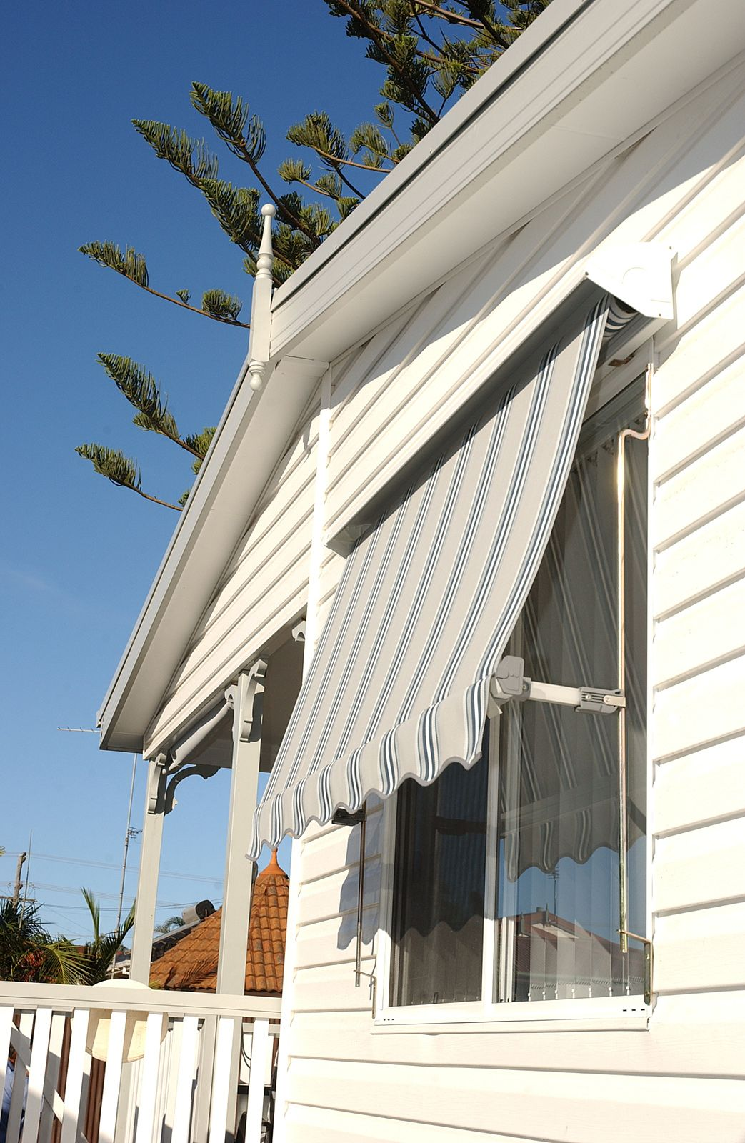 DIY Awnings Retractable Over Doors Ideas, Patio Awnings Front Door, Awnings  For Windows And