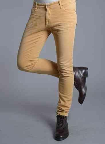 319b9abf82 +20 ideas de pantalones slim para hombres  hombres  moda  fashion   pantalones  jeans  ajustados  slim  chicos  chico  hombre