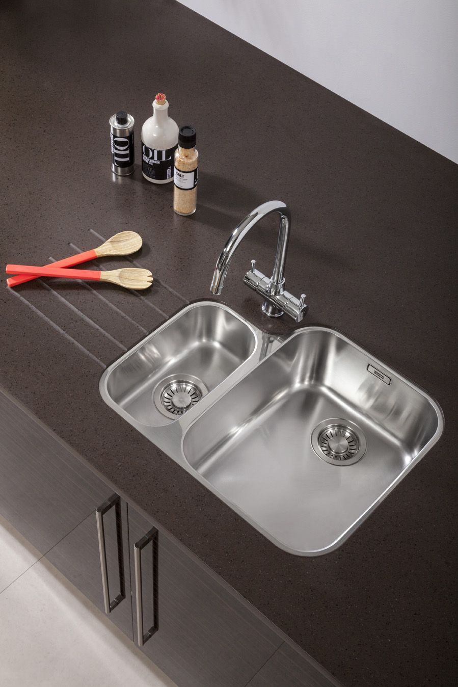 Franke ariane undermount sink and athena tap in chrome