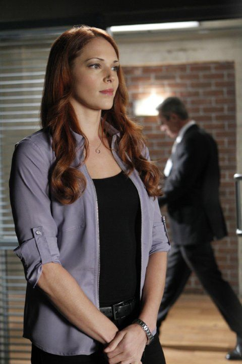 Still Of Amanda Righetti In The Mentalist 2008 Actrices