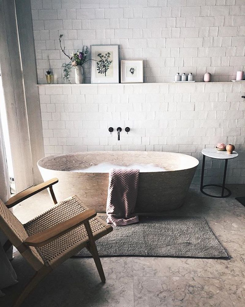 Kicking it off this week with a tub I'd like to be in right now. It's been cold and snowy here lately, so this week's list is brought to you by staying warm (and some loose interpretations of what that means)! I have a teddy bear sweater from Penfield and it's one of my favorite … #rusticbathroomdesigns