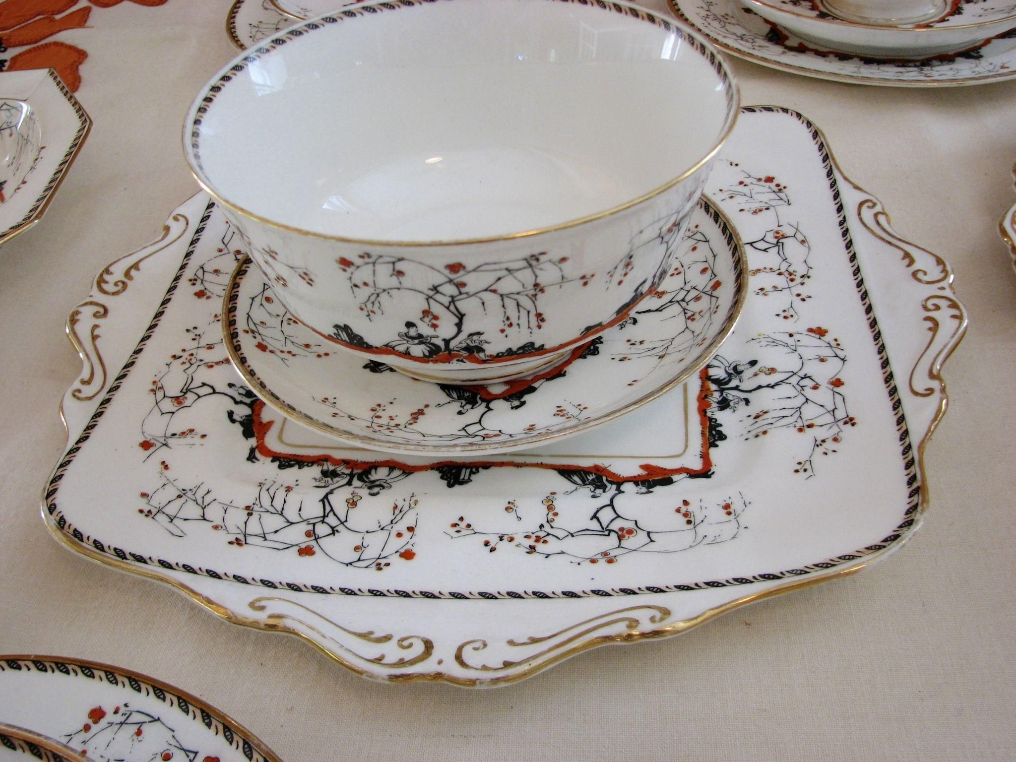 Art Deco Paragon Teaset Lovers. Paragon Art Deco Lovers Arcadia 32 PC. Set Tea Porcelain. Paragon teaset with orange and black designs of lovers in