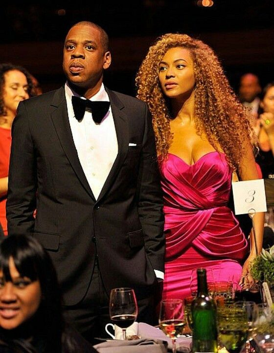 89bde03a18e Jay-Z and Beyonce to Host Obama at New York Fundraiser