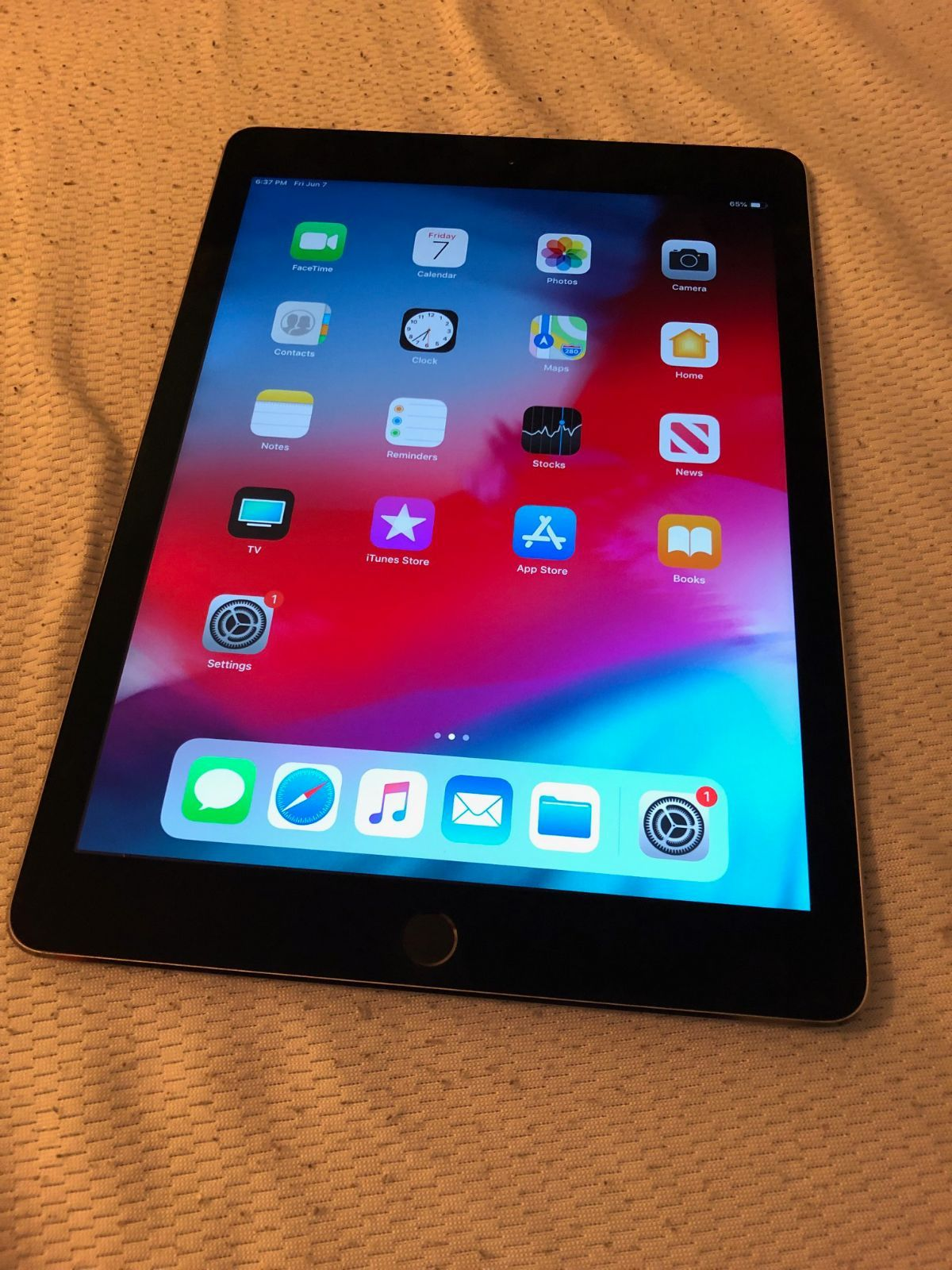 Ipad Air 2 64gb Wifi Plus Cellular Takes Any Sim Card You Want Works Perfect Nothing Wrong With It At All Great Condition Comes With A Bran Ipad Air 2 Ipad Air Ipad