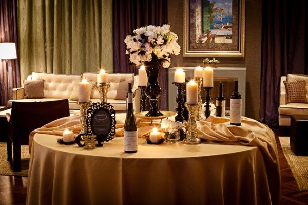 Black And Gold Table Setting I Am Really Liking Chairs Covers With Champagne Or Cloth
