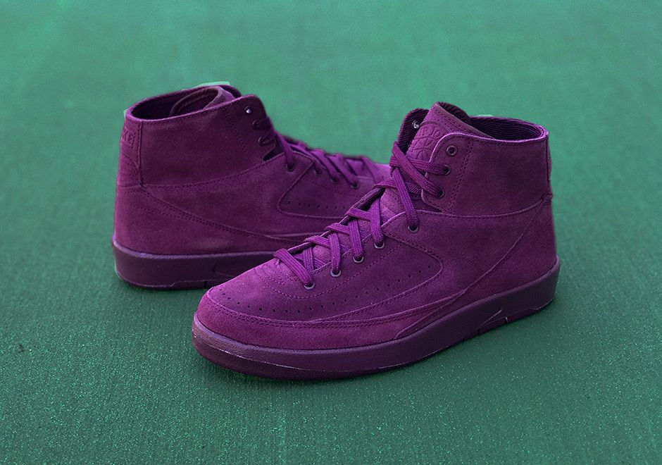 1ec85777ffe0 Air Jordan 2 Retro Decon Bordeaux  Nike  Inside  Sneakers