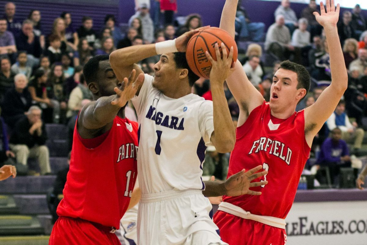 sports shoes de64c 1596f Fairfield Stags vs. Niagara Purple Eagles Odds & Prediction ...
