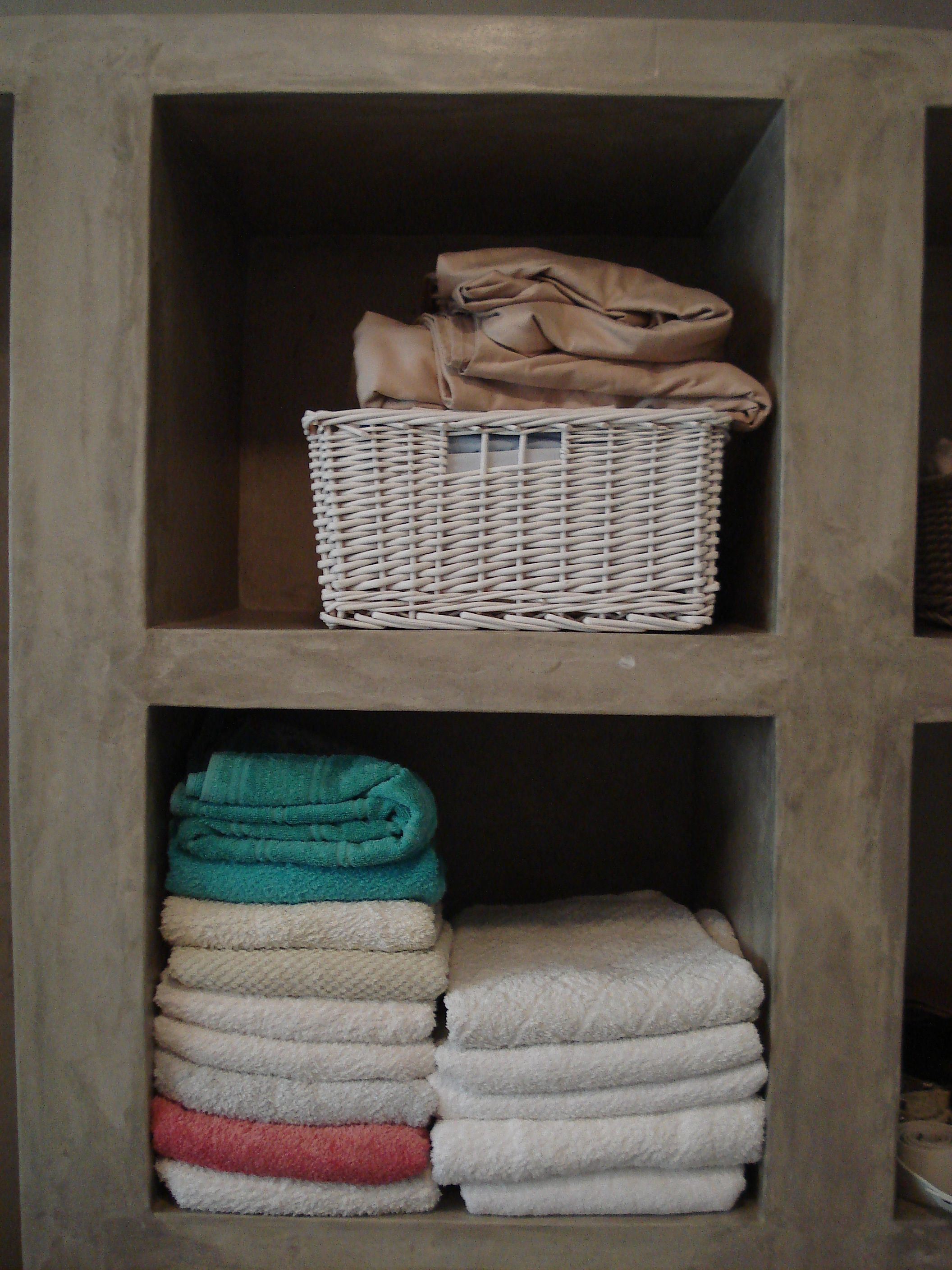 Pin By Cemtech On Cemtech Cement Finishes Cabin Bathroom Decor Concrete Bedroom Laundry Room Decor