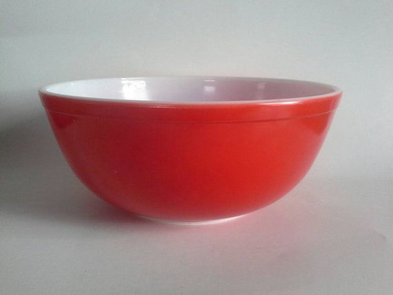 RESERVED Pyrex Solid Red 4 Quart Mixing Bowl #404 | Pyrex, Mixing ...