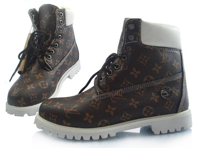 92224b4d31 Louis Vuitton Timberland Boots   ♕†♥qωεεη ₴ཡA͛ꁅ♥†♕   Custom ...