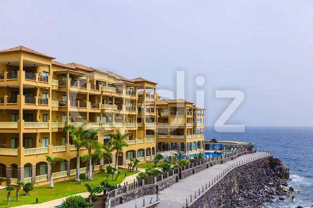 Qdiz Stock Images Coast of Ocean with Buildings