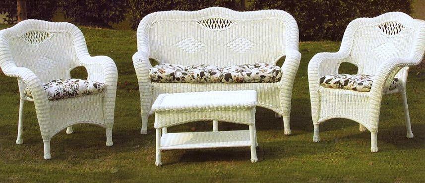 Attrayant White Wicker Patio Furniture