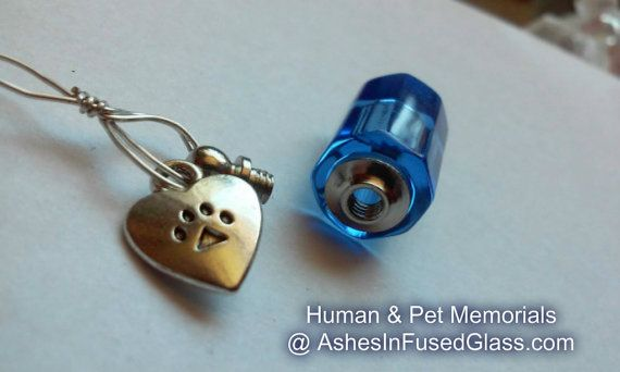 Fill yourself crystal paw print heart cremation jewelry locket fill yourself crystal paw print heart cremation jewelry locket solutioingenieria Images