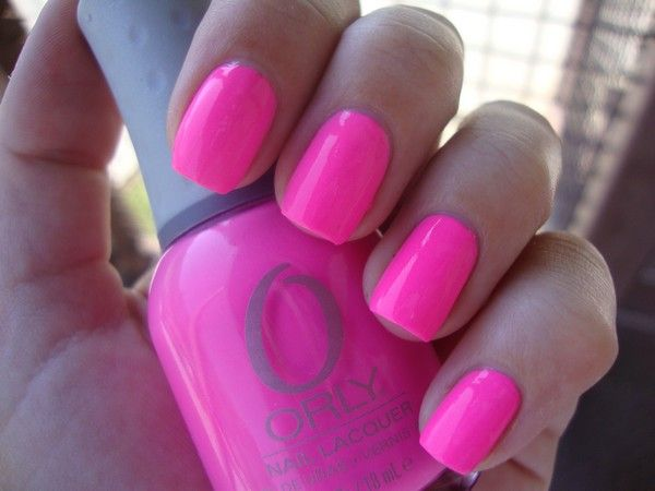 ORLY: FANCY FUCHSIA - My new favourite colour. Must buy!