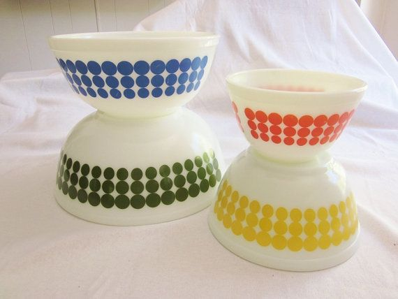 Vintage Pyrex Polka Dot Bowls Set of 4 1960s era Green Blue Yellow ...