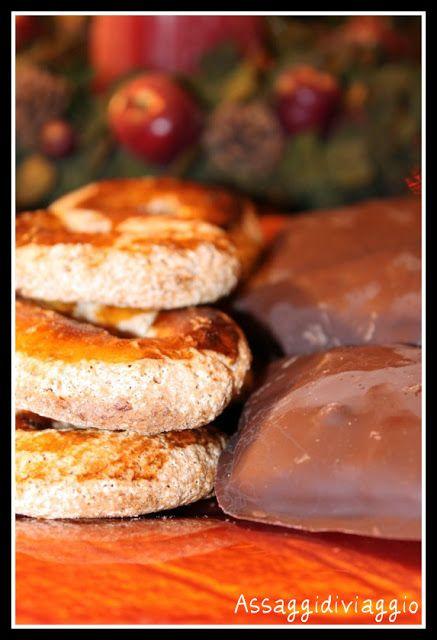 Assaggidiviaggio: Tanta dolcezza per Natale: Roccocò e Mustacciuoli