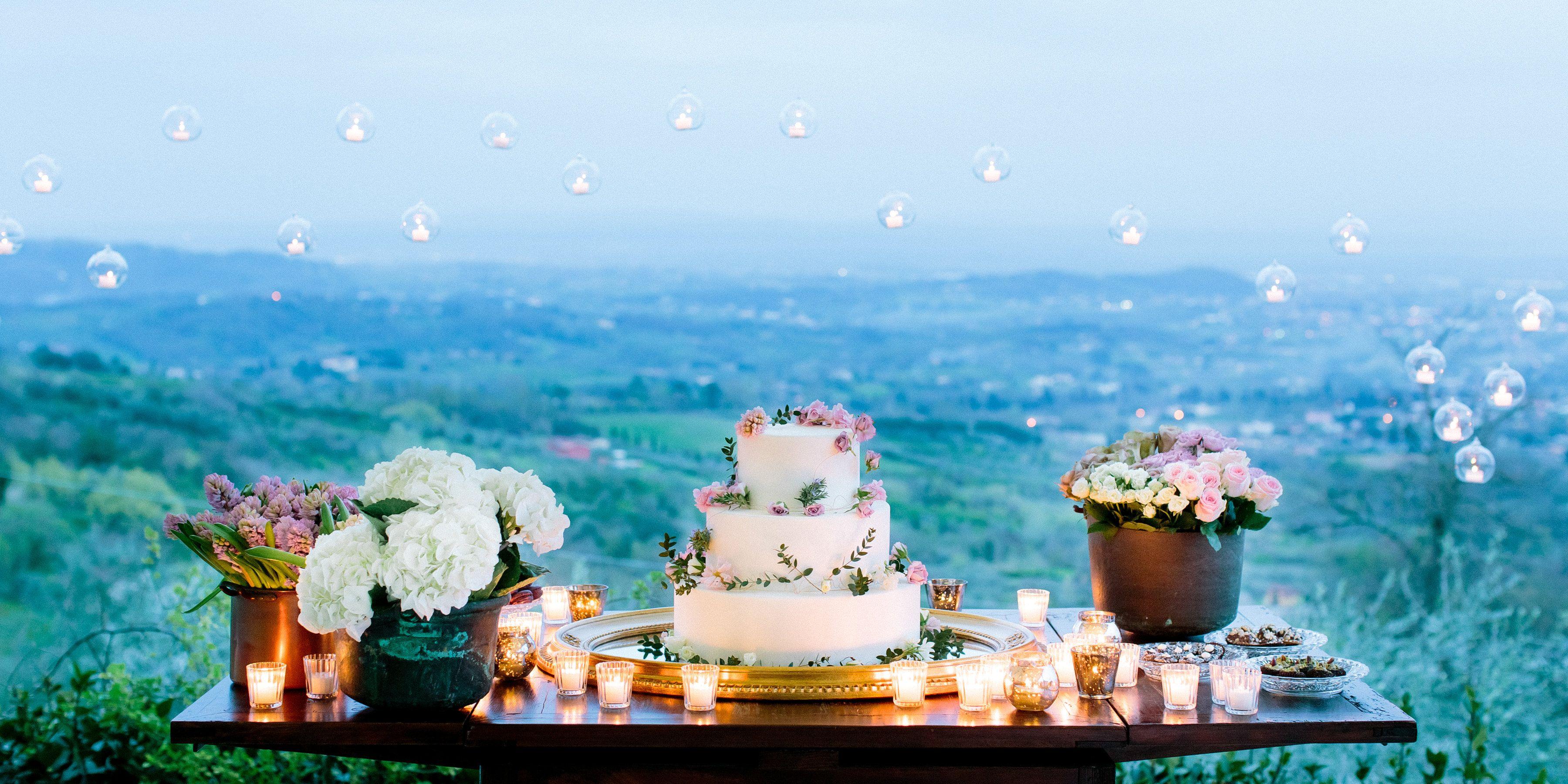 Tuscan Wedding Cake by Angolo Dolce, design by Gabrielle Barsotti, My Tuscan Wedding, and Wedding & Co., photo by faciabenifotografia