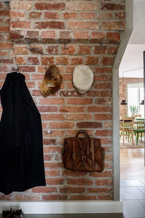 Design vintage pour un appartement aux murs de briques - PLANETE - designer tapeten einrichtung maskuline note