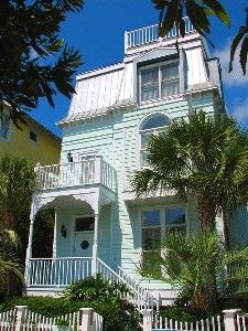 Victorian Beach House St Simons Island Victorian Homes Cottage House Styles
