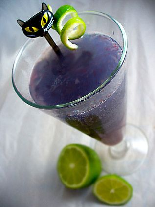 Love this! MEOW! The Black Cat Cocktail Recipe! Black Cat Cocktail 1 oz blue curacao 1 oz vodka 3 oz lemon lime soda 1 oz cranberry juice ½ oz freshly squeezed lime juice Lime twist for garnish! #Purple #Black_Cat #Cocktails #Recipes