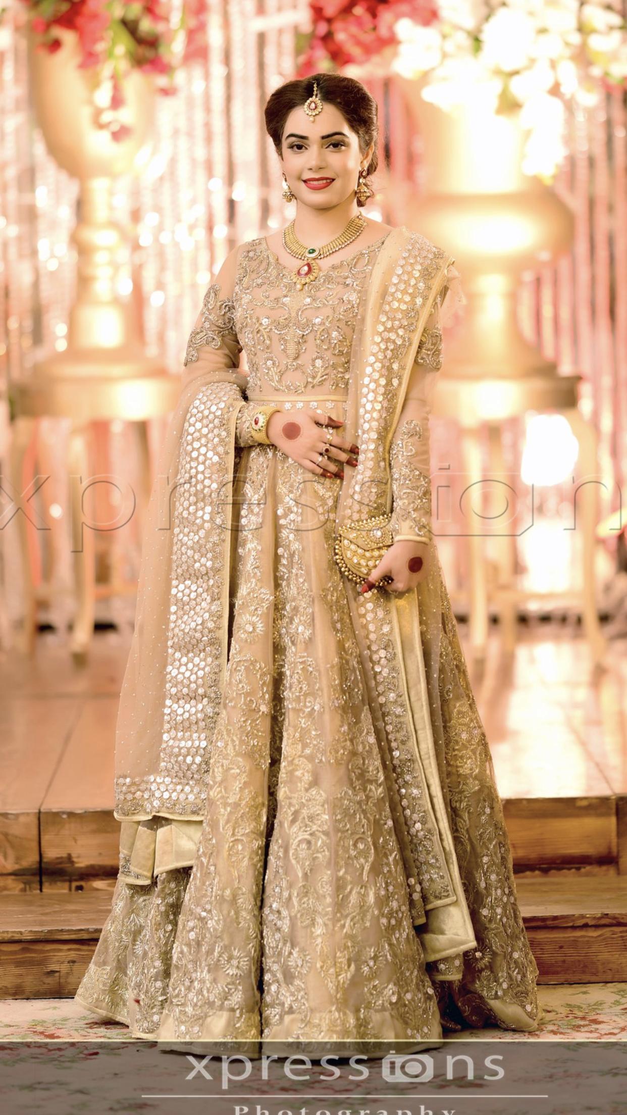 Pin By Nayab Musa On Wedding Inspirations Pakistani Bridal Wear Shadi Dresses Pakistani Wedding Dresses [ 2208 x 1242 Pixel ]