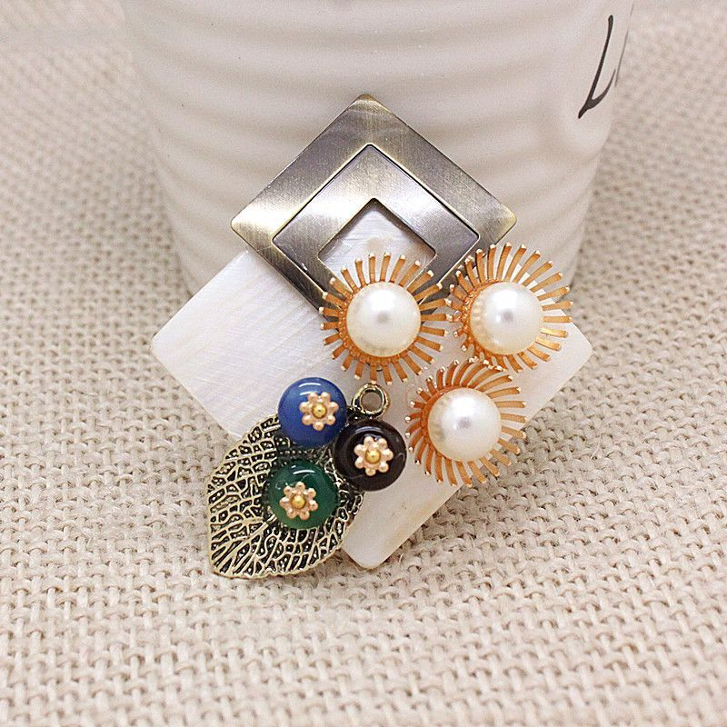 excellent natural semi-precious stones and shell Brooches pin for Women dress fashion amazing Brooch Scarf jewelry Accessories