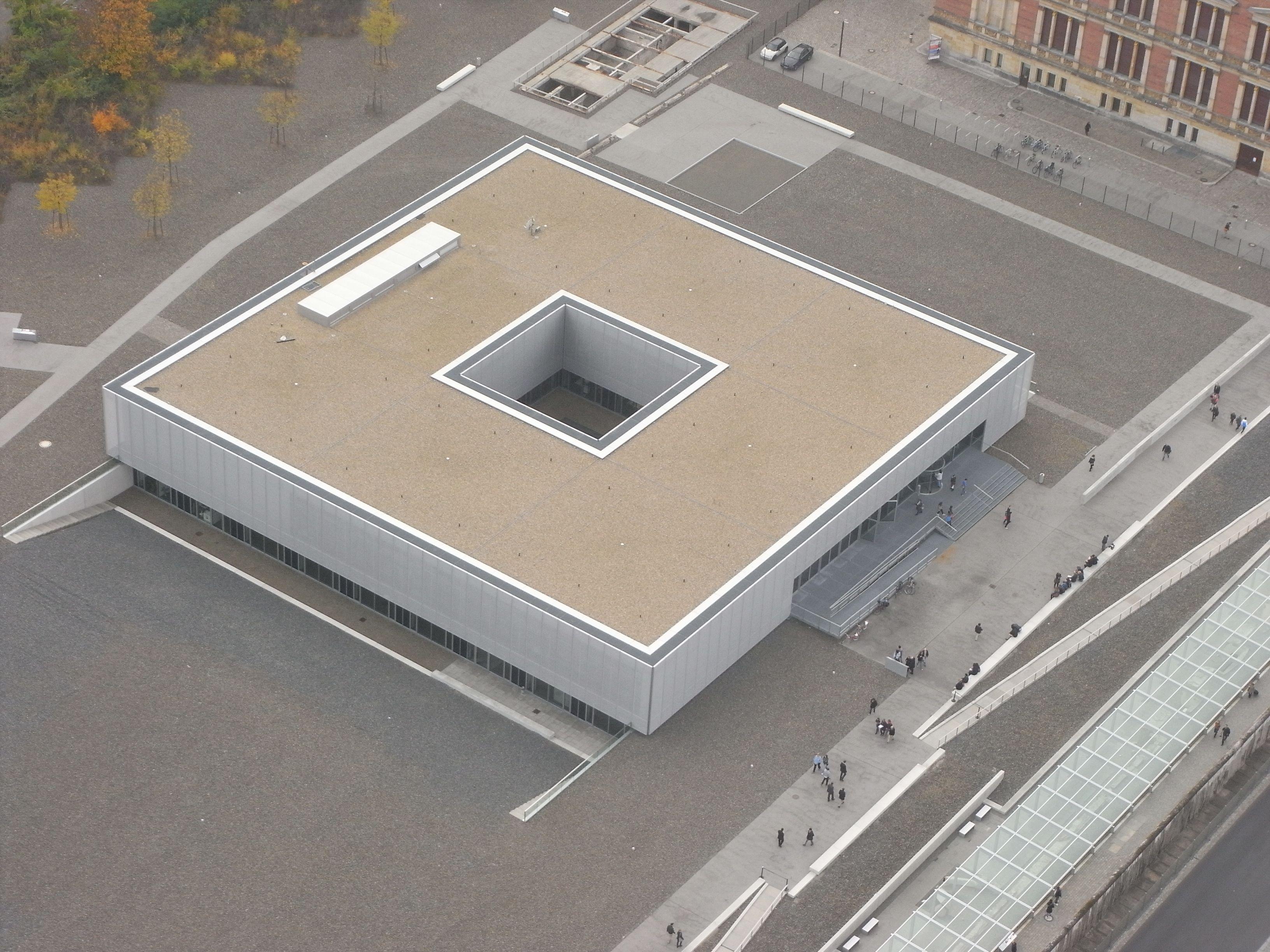 Architect von Heinle, Wischer und Partner. Project