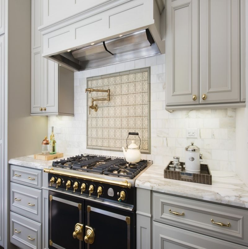 La Cornue Kitchen Designs Painting Beauteous La Cornue Range Flankedthe Staugustine Door Style In Zinc . Inspiration Design