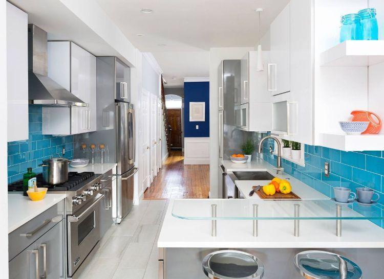 Zweizeilige Küche Kombüse Planen Tipps Ideen Gestaltung Küchentheke Blau  Fliesen Halbinsel Theke Hackblock