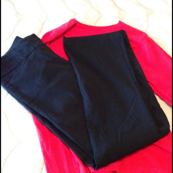 """Candie's Sz 3 Pants  Great pants for office.  31"""" inseam.  77% rayon, 20% nylon and 3% spandex for comfort. Candie's Pants Trousers"""