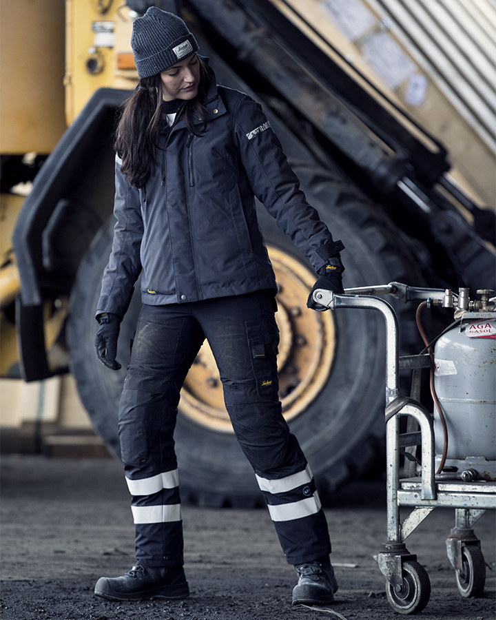 4891b928 ... keep you warm and elevate your work performance. An instant favorite  when the temperature goes south. 1107 AllroundWork, Women's 37.5® Insulated  Jacket