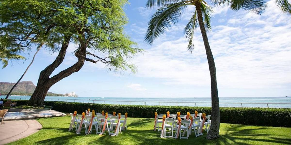 Hau Terrace With Diamond Head In The Backdrop Derek Wong Photography