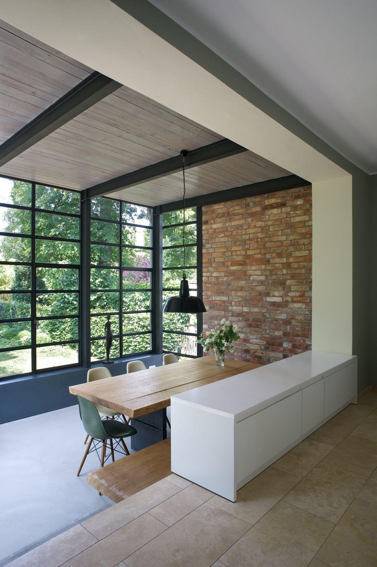Blick ins Grüne von Wohnzimmer - Anbau Esszimmer, Küche an Siedlerhaus 30er Jahre - Architekturobjekte