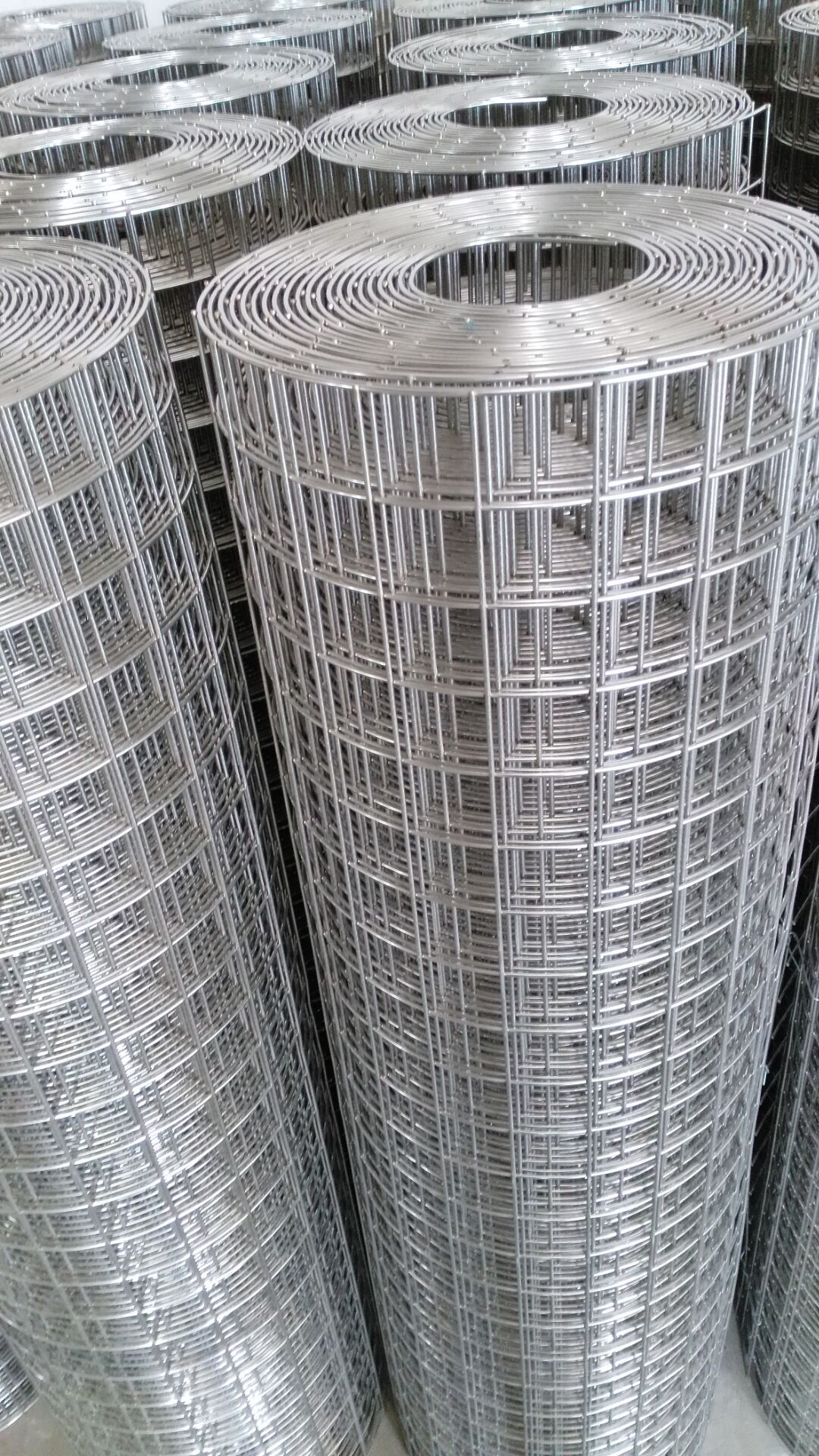 Welded Wire Mesh In 2020 Wire Mesh Stainless Steel Welding Stainless Steel Wire