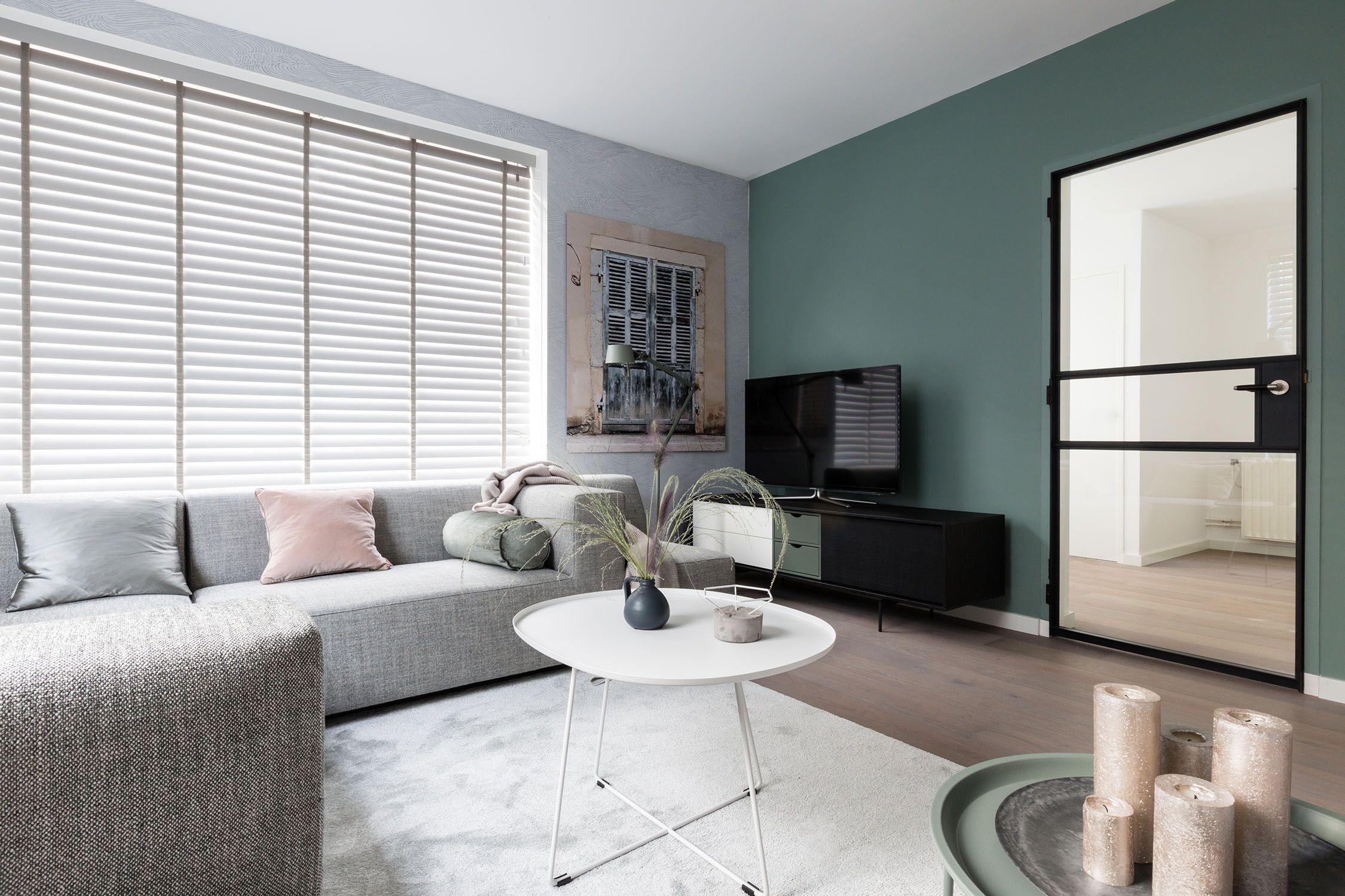 Schommel In Huis : Grijze jasno blinds in vtwonen weer verliefd op je huis jasno