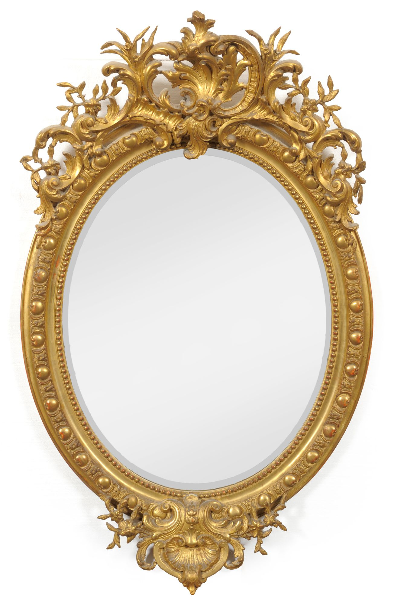 Tennants auctioneers an early victorian gilt and gesso for Fancy white mirror
