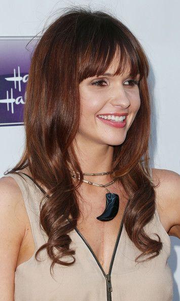 valerie azlynn - celebrity and heart hero rocking her scar