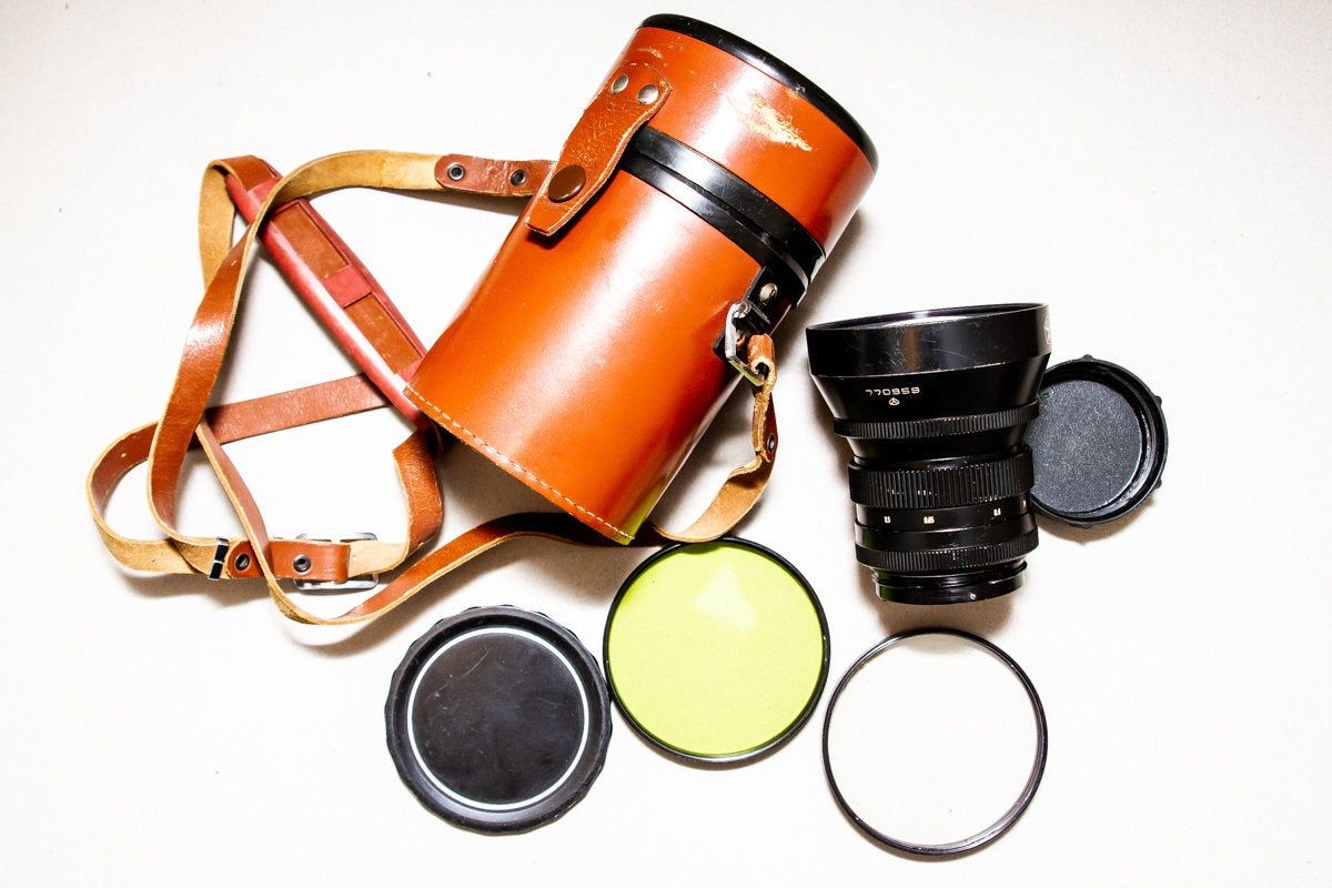 Vintage Soviet Wide angle lens Mir-3 V f / 3.5 65 mm USSR medium format lens for Salut Kiev-88 with caps Mount: Pentacon Six made in USSR #wideangle