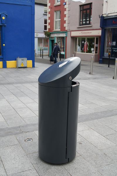 http://www.hartecast.co.uk/category/litter-bins/ - Stylish new litter Bin designed and manufactured by Hartecast UK, a leading supplier of street furniture in the UK.