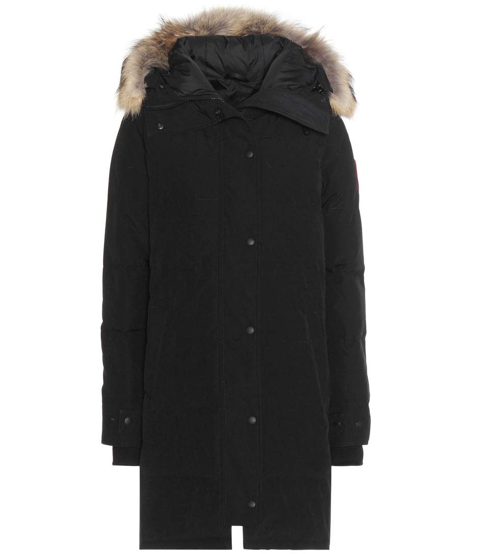 CANADA GOOSE Shelburne Fur-Trimmed Down Coat. #canadagoose #cloth #coats