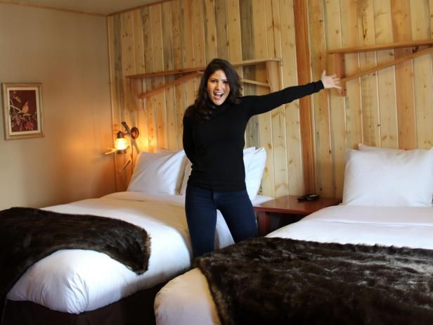 Interior Designer Blanche Garcia Accompanies Anthony To The Western Riviera In Grand Lake Co Give Hotel A Minor Facelift