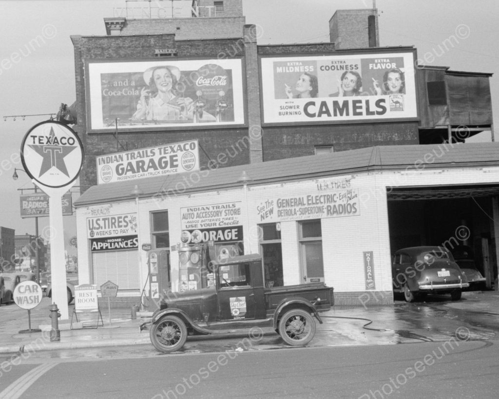 Gas Station in Virginia, 1940 48