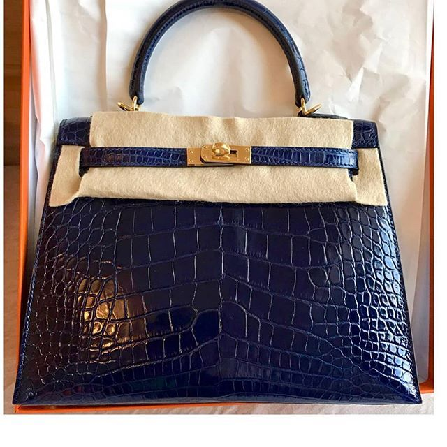 a68c8240d7 Hermes · WA Flo at 65 90683848. New Blue Sapphire Shiny Alligator Sellier  Kelly 25 Ghw.
