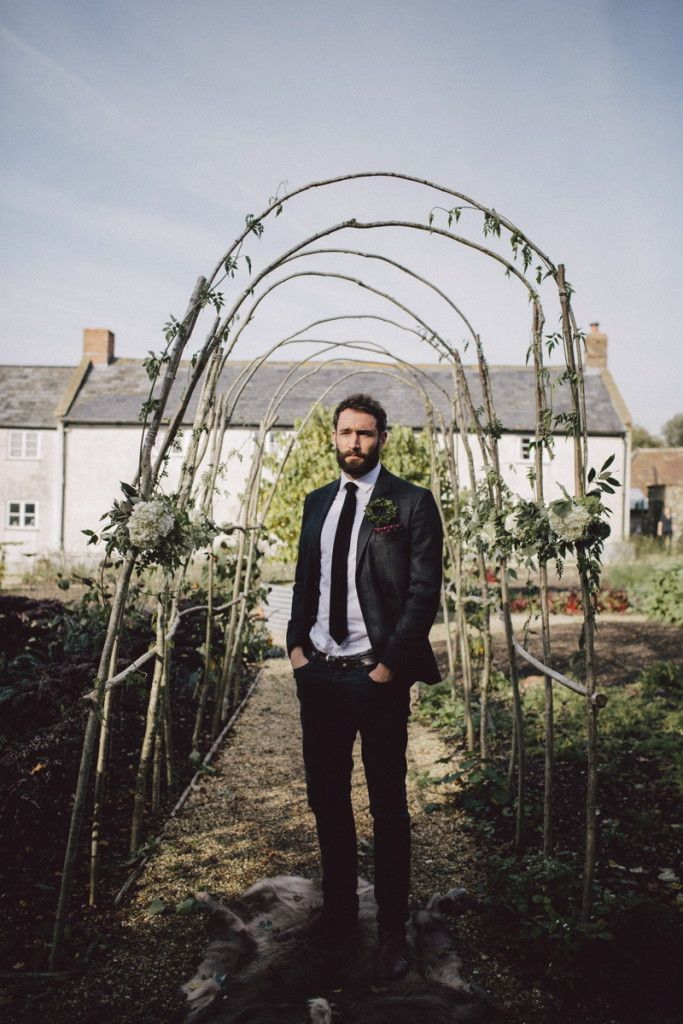 An Earthly Love at River Cottage | UK Wedding Venues Directory - Image by Rebecca Goddard Photography.