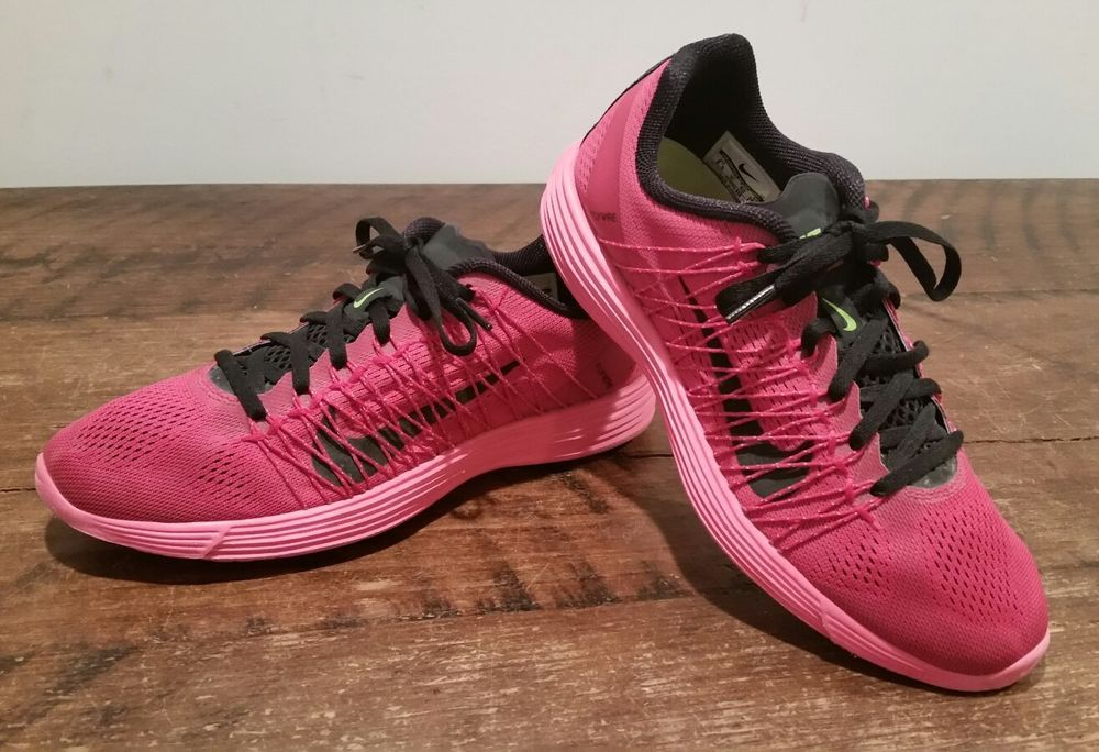 Tristemente naranja Portavoz  Women's Nike Lunaracer 3 Running Shoes Size 8.5 Raspberry / Black  554683-606 | eBay | Running shoes, Nike women, Nike