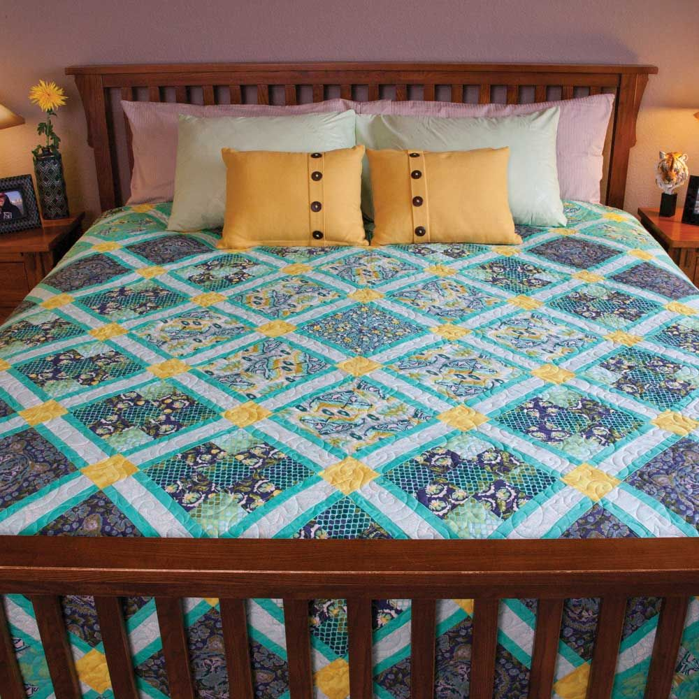 CITY SAFARI Easy queen size quilt pattern Designed by KATHRYN ... : quilts and coverlets queen size - Adamdwight.com