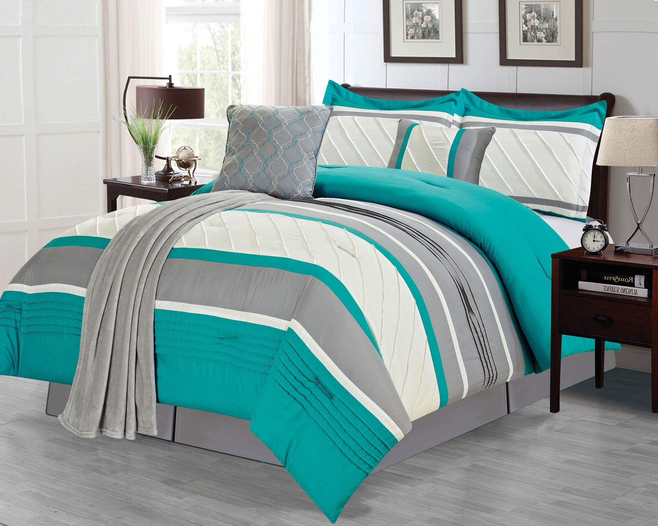 Crest Home Bleeker 6 Piece King Bedding forter Set and Plush